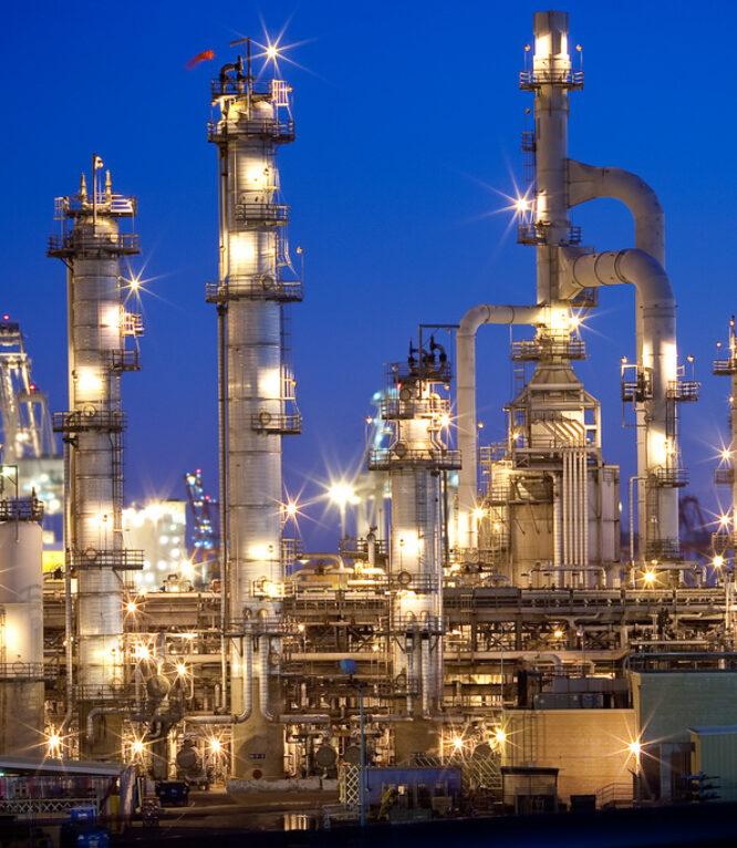 carson-refinery-flickr